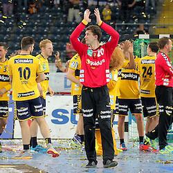 Rhein-Neckar Loewen mit Glitterfeuerwerk beim Sieg gegen den HSV Handball im Spiel Rhein-Neckar-Loewen - HSV Handball.<br /> <br /> Foto © P-I-X.org *** Foto ist honorarpflichtig! *** Auf Anfrage in hoeherer Qualitaet/Aufloesung. Belegexemplar erbeten. Veroeffentlichung ausschliesslich fuer journalistisch-publizistische Zwecke. For editorial use only.
