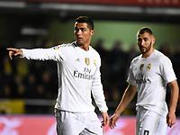 Real Madrid's Cristiano Ronaldo and Benzema during La Liga match. December 13, 2015. (ALTERPHOTOS/Javier Comos)