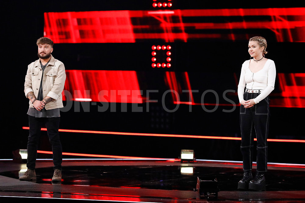 """THE VOICE -- """"Knockout Reality"""" Episode 2010 --  Pictured: (l-r) Corey Ward, Ryleigh Modig -- (Photo by: Trae Patton/NBC)"""