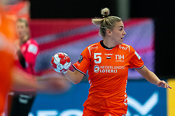 Jessy Kramer of Netherlands in action during the Women's EHF Euro 2020 match between Croatia and Netherlands at Sydbank Arena on december 06, 2020 in Kolding, Denmark (Photo by RHF Agency/Ronald Hoogendoorn)