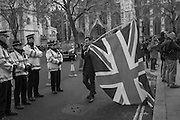 LEAVE SUPPORTER WITH FLAG,  , Outside the Supreme court of the United Kingdom, Parliament Sq. London. 5 December 2016.<br /> Beginning of four days of hearings on Brexit - and who has the power to trigger it. 11 justices listen to arguments on whether government or Parliament has that power.