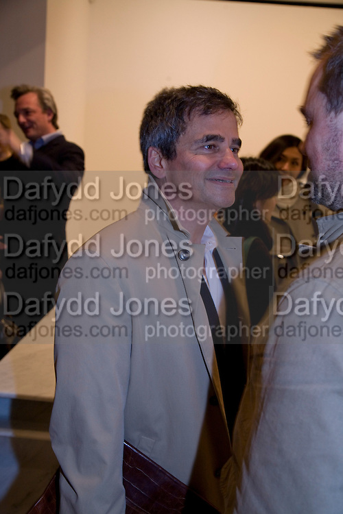 HARRY HANDLESMAN, Exhibition of work by Marc Newson at the Gagosian Gallery, Davies st. London. afterwards at Mr. Chow, Knightsbridge. 5 March 2008.  *** Local Caption *** -DO NOT ARCHIVE-© Copyright Photograph by Dafydd Jones. 248 Clapham Rd. London SW9 0PZ. Tel 0207 820 0771. www.dafjones.com.