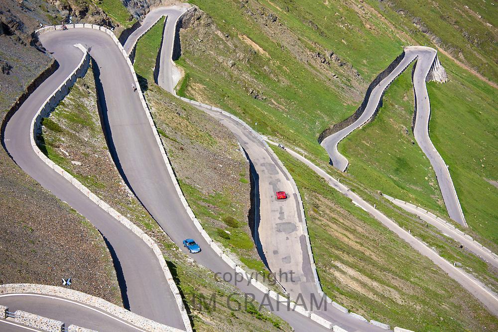Cars on The Stelvio Pass, Passo dello Stelvio, Stilfser Joch, on the route to Prato, in the Eastern Alps in Northern Italy