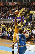 DESCRIZIONE : Torino Lega A 2015-16 Manital Torino - Vanoli Cremona<br /> GIOCATORE : Ian Miller<br /> CATEGORIA : <br /> SQUADRA : Manital Auxilium Torino<br /> EVENTO : Campionato Lega A 2015-2016<br /> GARA : Manital Torino - Vanoli Cremona<br /> DATA : 01/11/2015<br /> SPORT : Pallacanestro<br /> AUTORE : Agenzia Ciamillo-Castoria/M.Matta<br /> Galleria : Lega Basket A 2015-16<br /> Fotonotizia: Torino Lega A 2015-16 Manital Torino - Vanoli Cremona