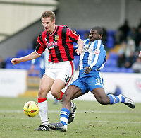 Photo: Paul Thomas. Chester City v Yeovil Town. Deva Stadium, Chester. Coca Cola League Two. 19/02/2005. Bartosz Tarachulski and George Elokobi.