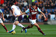 Burnley's George Boyd loses out to Everton's Gareth Barry. Barclays Premier league match, Burnley v Everton at Turf Moor in Burnley, Lancs on Sunday 26th October 2014.<br /> pic by Chris Stading, Andrew Orchard sports photography.