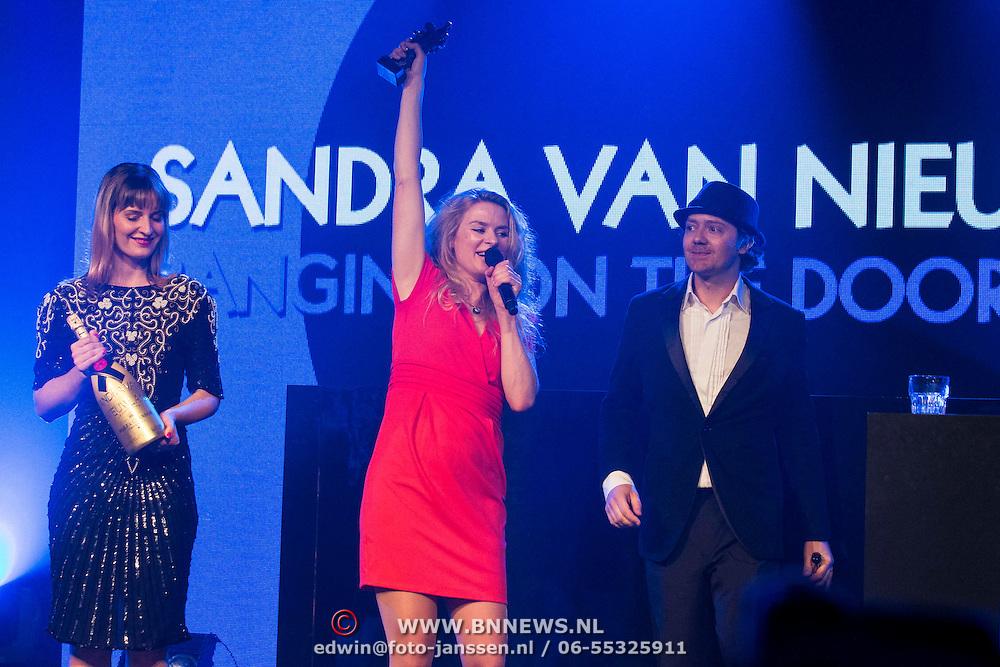 NLD/Amsterdam//20140331 - Uitreiking Edison Pop 2014, Sandra van Nieuwland en Tjeerd Bomhof