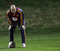 Photo: Paul Thomas.<br />Spain training session. 05/02/2007.<br /><br />Pepe Reina in action during training.