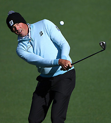 Matt Kuchar chips his ball onto the 2nd green during the second round of the Masters Tournament at Augusta National Golf Club in Augusta, Ga., on Friday, April 7, 2017. (Photo by Jeff Siner/Charlotte Observer/TNS)  *** Please Use Credit from Credit Field ***