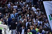 DESCRIZIONE : Bologna Lega A 2015-16 Obiettivo Lavoro Virtus Bologna - Umana Reyer Venezia<br /> GIOCATORE : Obiettivo Lavoro Virtus Bologna<br /> CATEGORIA : Esultanza<br /> SQUADRA : Obiettivo Lavoro Virtus Bologna<br /> EVENTO : Campionato Lega A 2015-2016<br /> GARA : Obiettivo Lavoro Virtus Bologna - Umana Reyer Venezia<br /> DATA : 04/10/2015<br /> SPORT : Pallacanestro<br /> AUTORE : Agenzia Ciamillo-Castoria/G.Ciamillo<br /> <br /> Galleria : Lega Basket A 2015-2016 <br /> Fotonotizia: Bologna Lega A 2015-16 Obiettivo Lavoro Virtus Bologna - Umana Reyer Venezia