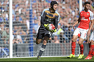 Goalkeeper Petr Cech of Arsenal in action. Barclays Premier League match, Chelsea v Arsenal at Stamford Bridge in London on Saturday 19th September 2015.<br /> pic by John Patrick Fletcher, Andrew Orchard sports photography.