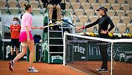 Kristyna Pliskova of the Czech Republic and Garbine Muguruza of Spain in action during the second round at the Roland Garros 2020, Grand Slam tennis tournament, on October 1, 2020 at Roland Garros stadium in Paris, France - Photo Rob Prange / Spain ProSportsImages / DPPI / ProSportsImages / DPPI