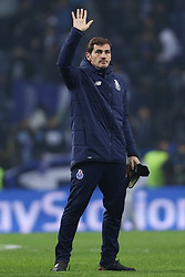 December 6, 2017 - Porto, Porto, Portugal - Porto's Spanish goalkeeper Iker Casillas seems to say goodbye to the team during the UEFA Champions League Group G match between FC Porto and AS Monaco FC at Dragao Stadium on December 6, 2017 in Porto, Portugal. (Credit Image: © Dpi/NurPhoto via ZUMA Press)