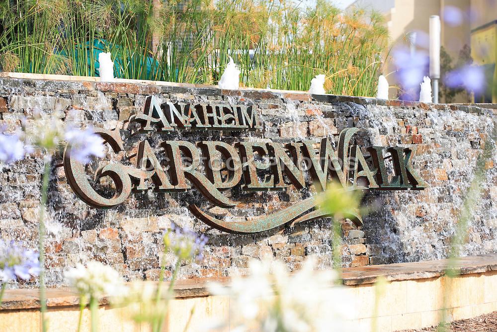 Anaheim Garden Walk Water Fountain Monument