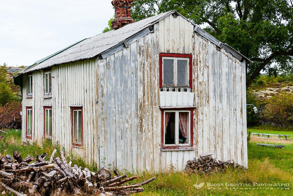 Norway, Trondelag. Simavik, a roadless location in Stokksund. Old farmhouse.
