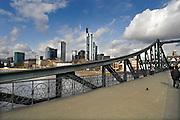 Duitsland, Frankfurt, 10-3-2008..De skyline van het zakencentrum van de stad. Met zijn vele banken en de europese centrale bank, ecb, is frankfurt het financiele centrum van europa...Foto: Flip Franssen/Hollandse Hoogte