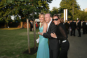 SANTA AND SIMON SEBAG-MONTEFIORE, TARA PALMER-TOMPKINSON, The Summer Party in association with Swarovski. Co-Chairs: Zaha Hadid and Dennis Hopper, Serpentine Gallery. London. 11 July 2007. <br /> -DO NOT ARCHIVE-© Copyright Photograph by Dafydd Jones. 248 Clapham Rd. London SW9 0PZ. Tel 0207 820 0771. www.dafjones.com.
