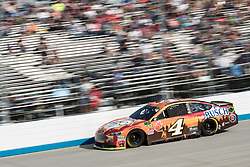 October 7, 2018 - Dover, DE, U.S. - DOVER, DE - OCTOBER 07: Kevin Harvick driver of the #4 Busch Outdoors Ford wound up with a 6th place finish, after leading 251 laps, in the Gander Outdoors 400 on October 07, 2018, at Dover International Speedway in Dover, DE. (Photo by David Hahn/Icon Sportswire) (Credit Image: © David Hahn/Icon SMI via ZUMA Press)
