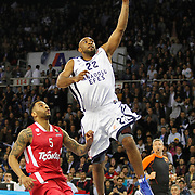 Anadolu Efes's Alfred Jamon Lucas (R) and Olympiacos's Acie Law (L) during their Turkish Airlines Euroleague Basketball playoffs Game 4 Anadolu Efes between Olympiacos at Abdi ipekci Arena in Istanbul, Turkey, Friday, April 19, 2013. Photo by Aykut AKICI/TURKPIX