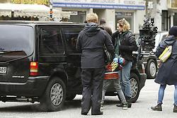 """NO CREDIT! <br /> <br /> Diane Kruger am Set zum Film Aus dem Nichts in Hamburg / 211016 <br /> <br /> ***  Diane Kruger at the set of her first film in her mother tongue """"Aus dem Nichts"""" from Fatih_Akin in Hamburg, October 21, 2016 ***"""