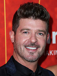 BEVERLY HILLS, LOS ANGELES, CA, USA - OCTOBER 18: amfAR Gala Los Angeles 2018 held at the Wallis Annenberg Center for the Performing Arts on October 18, 2018 in Beverly Hills, Los Angeles, California, United States. 18 Oct 2018 Pictured: Robin Thicke. Photo credit: Xavier Collin/Image Press Agency/MEGA TheMegaAgency.com +1 888 505 6342