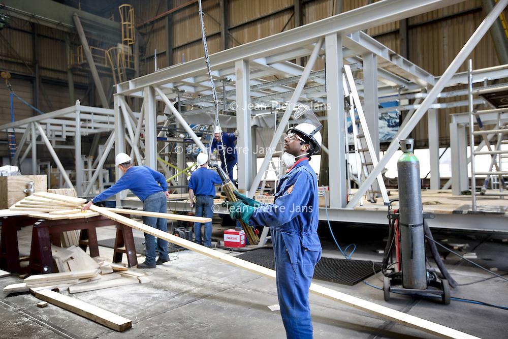 Nederland, Ijmuiden , 28 april 2010..Het planbord van cofely..Cofely levert innovatieve, state-of-the-art oplossingen in de werktuigbouw, elektrotechniek en automatisering voor de industrie..Cofely provides innovative, state-of-the-art solutions in mechanical, electrical and automation industry.