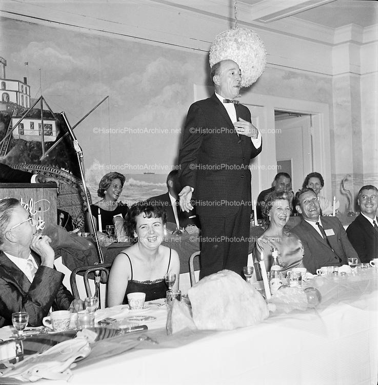 Y-620916-24-05. Oregon Restaurant Association first annual convention, Hotel Gearhart, Surfside Motel. September 16/17/18, 1962