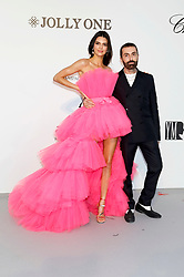 May 23, 2019 - Antibes, Alpes-Maritimes, Frankreich - Kendall Jenner and Giambattista Valli attending the 26th amfAR's Cinema Against Aids Gala during the 72nd Cannes Film Festival at Hotel du Cap-Eden-Roc on May 23, 2019 in Antibes (Credit Image: © Future-Image via ZUMA Press)