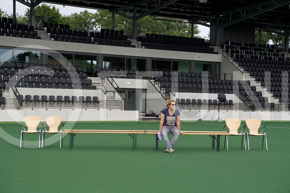 AMSTERDAM - Dames elftal foto EK 2018<br /> portretten<br /> Foto: Clarinda Sinnige.<br /> FFU PRESS AGENCY COPYRIGHT FRANK UIJLENBROEK