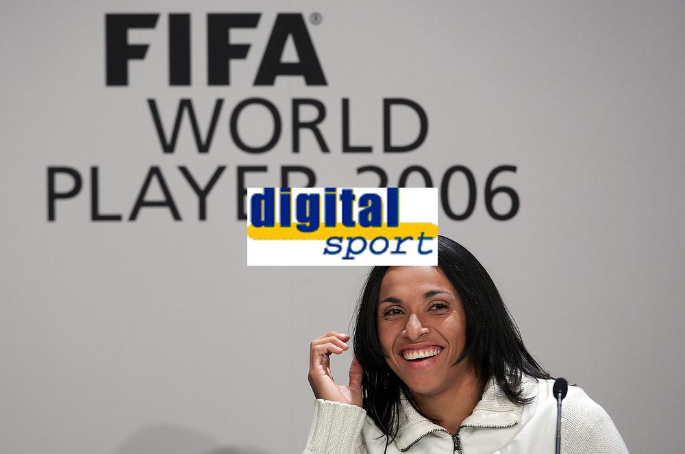 Marta (BRA) bei der Pressekonferenz © Valeriano Di Domenico/EQ Images