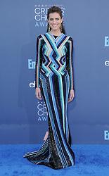 Allison Williams  bei der Verleihung der 22. Critics' Choice Awards in Los Angeles / 111216
