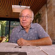 W. J. Koole Nicolaas Maeslaan 6 Muiderberg, onderzoeker