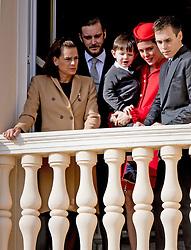 Prinzessin Stephanie von Monaco, Pierre Casiraghi, Charlotte Casiraghi mit Raphael Casiraghi, Louis Ducruet bei den Feierlichkeiten zum Nationalfeiertag in Monaco / 191116<br /> <br /> ***National Day in Monaco, November 19th, 2016***
