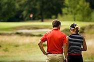 01-09-2016 Golffoto's van het Nationaal Open op de Hilversumsche Golf Club in Hilversum. Finale.  Roos Haarman met haar coach Niels Kraaij