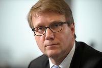 03 JAN 2008, BERLIN/GERMANY:<br /> Ronald Pofalla, CDU Generalsekretaer, waehrend einem Interview, in seinem Buero, Konrad-Adenauer-Haus<br /> IMAGE: 20080103-01-001