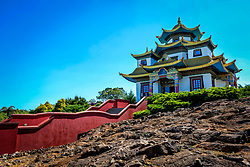 TRÊS COROAS, RS, 06.11.2013: TURISMO NA COPA. Localizado na cidade de Tres Coroas/RS, o Khadro Ling e a sede do Chagdud Gonpa Brasil, uma organizacao sem fins lucrativos destinada ao estudo e pratica do Budismo Tibetano. Uma comunidade de praticantes budistas mora no local e em suas terras fica o primeiro templo tibetano tradicional da America Latina. (Foto: Marcos Nagelstein/UOL)******SÓ PUBLICAR COM AUTORIZAÇÃO DO UOL*******