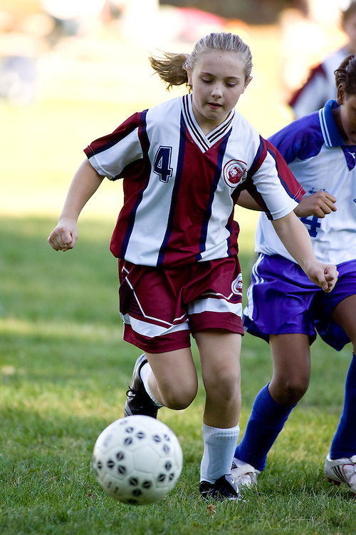 The Master's School, West Simsbury, CT. 2010-2011. Girl's Middle School Soccer.  (Photo by Robert Falcetti). .