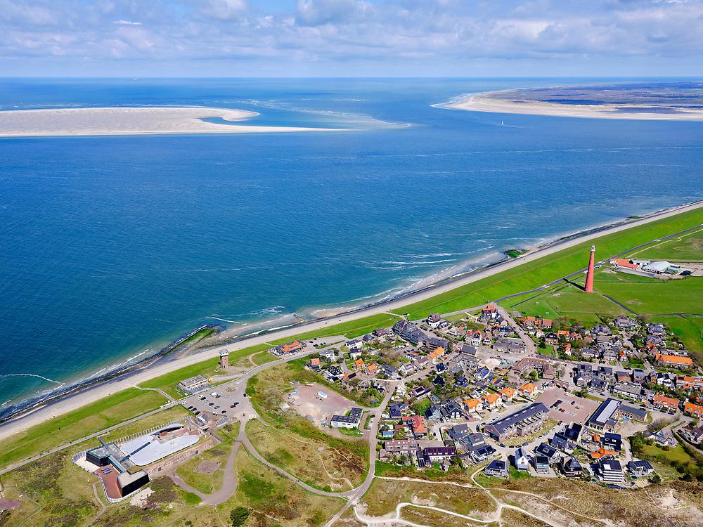 Nederland, Noord-Holland, gemeente Den Helder, 07-05-2021; Huisduinen met Fort Kijkduin (linksonder0 en vuurtoren Kijkduin (Lange Jaap). In zee links Noorderhaaks en rechts De Hors, Texel met vaargeul het Molengat.<br /> Huisduinen with Fort Kijkduin (bottom left) and lighthouse Kijkduin (Lange Jaap). In the sea to the left Noorderhaaks and to the right De Hors (Texel) with the Molengat navigation channel.<br /> <br /> luchtfoto (toeslag op standard tarieven);<br /> aerial photo (additional fee required)<br /> copyright © 2021 foto/photo Siebe Swart