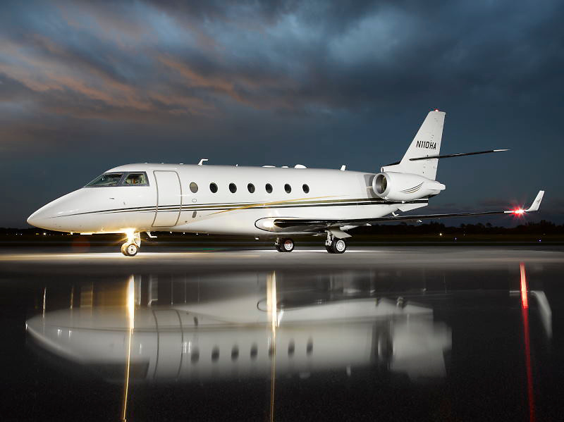 Gulfstream G200, Aircraft photography, South Florida, Aviation photography Miami, Palm Beach, Stuart, Opa Locka, Florida, Aviation photography Fort Lauderdale, Aviation photography South Florida, Jerry Wyszatycki, Avatar Productions, Fort Lauderdale Executive airport, FXE, MIA, OPA, FLL, TMA, PBI, BCT