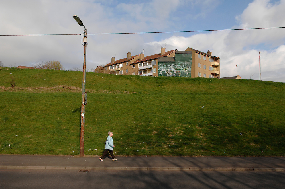 Glenduffhill Rd, Barlanark, Glasgow.  Picture Robert Perry 2nd Feb 2016<br /> <br /> Must credit photo to Robert Perry<br /> FEE PAYABLE FOR REPRO USE<br /> FEE PAYABLE FOR ALL INTERNET USE<br /> www.robertperry.co.uk<br /> NB -This image is not to be distributed without the prior consent of the copyright holder.<br /> in using this image you agree to abide by terms and conditions as stated in this caption.<br /> All monies payable to Robert Perry<br /> <br /> (PLEASE DO NOT REMOVE THIS CAPTION)<br /> This image is intended for Editorial use (e.g. news). Any commercial or promotional use requires additional clearance. <br /> Copyright 2014 All rights protected.<br /> first use only<br /> contact details<br /> Robert Perry     <br /> 07702 631 477<br /> robertperryphotos@gmail.com<br /> no internet usage without prior consent.         <br /> Robert Perry reserves the right to pursue unauthorised use of this image . If you violate my intellectual property you may be liable for  damages, loss of income, and profits you derive from the use of this image.