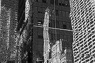 New york   the met life building on sixth avenue and 42nd street  Manhatan, / New York  Usa  reflets sur la 42em rue  Manhatan, New York  USa