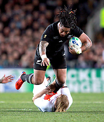 © Andrew Fosker / Seconds Left Images 2011 -  New Zealand's Ma'a Nonu is brought down by France's Aurelien Rougerie France v New Zealand - Rugby World Cup 2011 - Final - Eden Park - Auckland - New Zealand - 23/10/2011 -  All rights reserved..