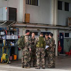 Suivi d'un équipage de SA 330 Puma du 3ème Régiment d'Hélicoptères de Combat à Etain lors de l'exercice Baccarat 2019 organisé par la 4ème brigade d'aérocombat. Manoeuvres aéroterrestres : vol tactique, récupération et dépose de légionnaires de la 13e DBLE et vol en patrouille avec un NH90 Caïman et des CH47 Chinook espagnols.<br /> <br /> Septembre 2019 / Etain (55) / FRANCE<br /> <br /> Voir toutes les photos de ce reportage (40 photos) https://www.asterpictures.com/gallery/2019-09-Exercice-Baccarat-2019-Complet/G0000Ivr0C0.3Og4/C0000yuz5WpdBLSQ