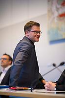 DEU, Deutschland, Germany, Berlin, 12.02.2019: Carsten Schneider, Parlamentarischer Geschäftsführer der SPD-Bundestagsfraktion, bei der Fraktionssitzung der SPD im Deutschen Bundestag.