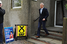 Willie Rennie votes in EU election, Keltybridge, 23 May 2019