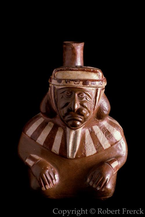 PERU, PRE-COLUMBIAN Mochica (Moche); portrait vase