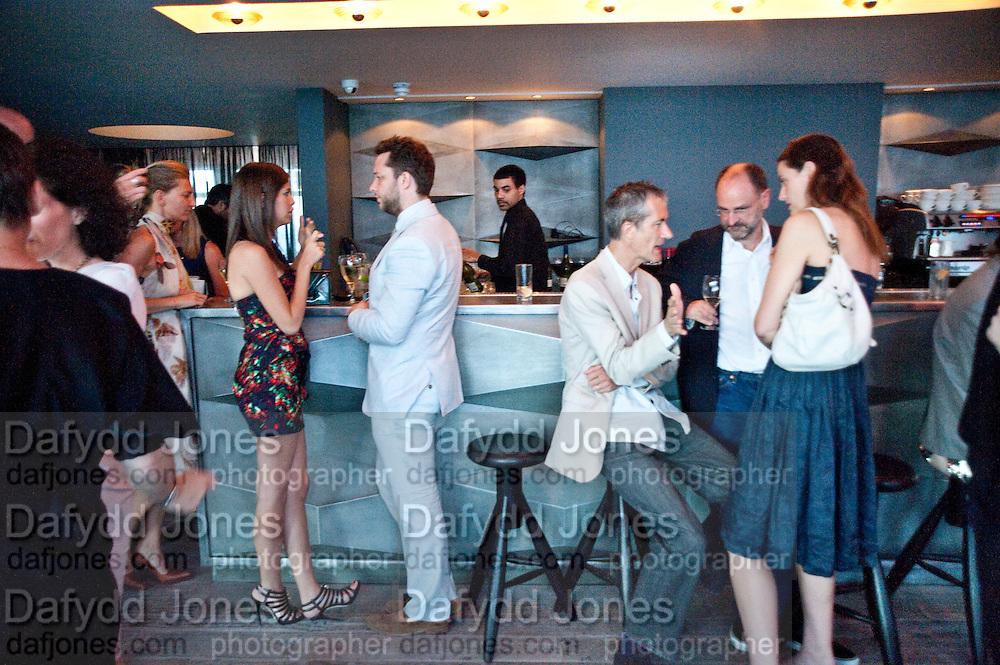 DEREK BLASBERG; DASHA ZHUKOVA; GEOFF DYER; REBECCA WILSON, Dinner hosted by Julia Peyton-Jones and Hans Obrist for the Council of the Serpentine to celebrate: Jeff Koons, Popeye Series. Paramount Club, Paramount Centre Point. London. 30 June 2009