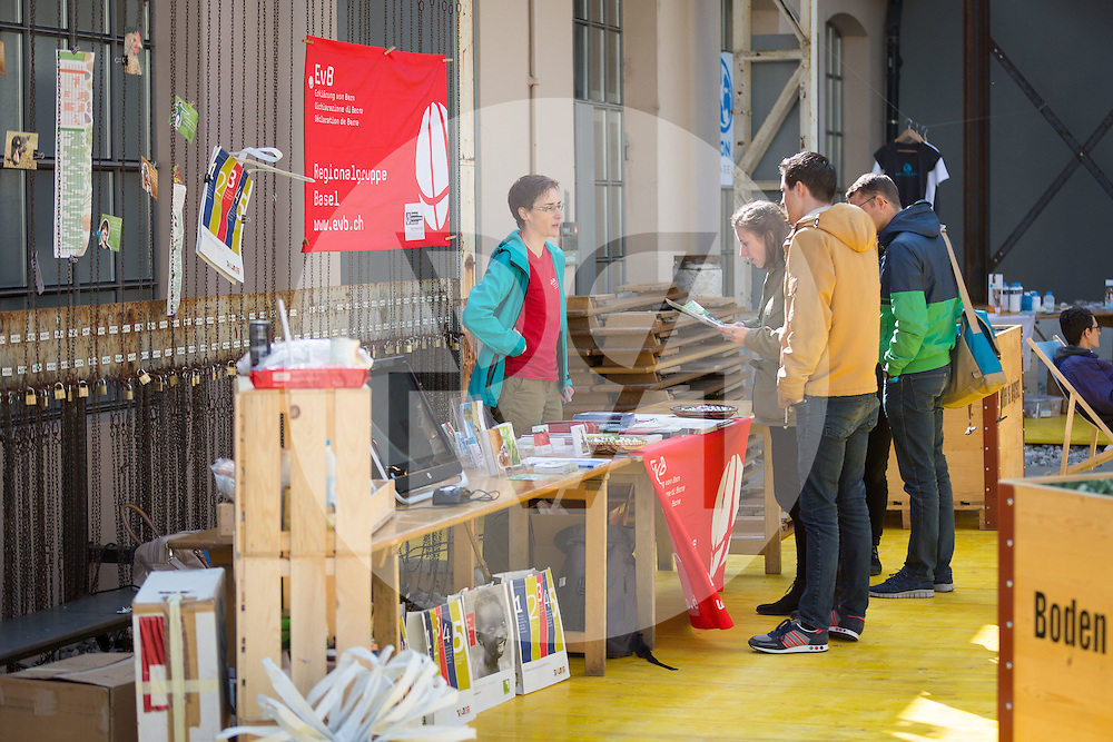 SCHWEIZ - BASEL - Erklärung von Bern, science+fiction Festival - 19. März 2016 © Raphael Hünerfauth - http://huenerfauth.ch