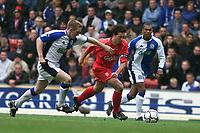 Fotball, Liverpool  Robbie Fowler bursts through the Blackburn defence.