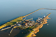 Nederland, Noord-Holland, Den Oever, 11-12-2013; Stevinsluizen, de schutsluis gezien richting IJsselmeer. Begin Afsluitdijk<br /> Stevin Locks, near beginning of Enclosure Dam.  IJsselmeer.<br /> luchtfoto (toeslag op standaard tarieven);<br /> aerial photo (additional fee required);<br /> copyright foto/photo Siebe Swart.